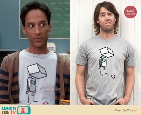 Abed's Tshirts: She Doesn't Even Realize T-shirt from Threadless worn by Abed Nadir