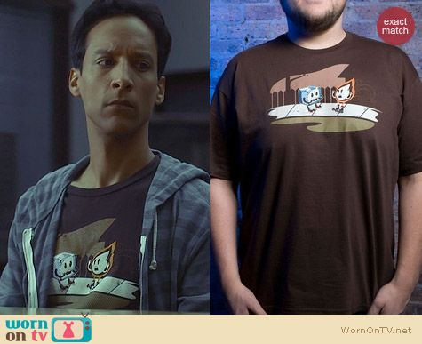 Community Fashion: Threadless Tragedy Struck Tee worn by Abed Nadir