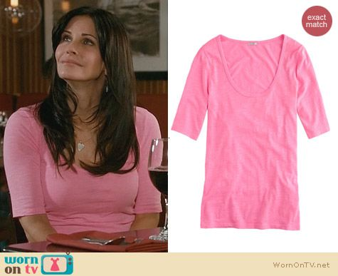 Cougar Town Fashion: J. Crew Drapey Elbow Sleeve Tee in Pink worn by Courtney Cox