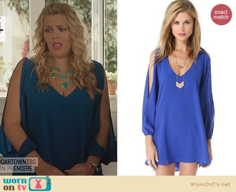 Fashion of Cougar Town: Lovers + Friends Gracie Dress worn by Busy Phillips