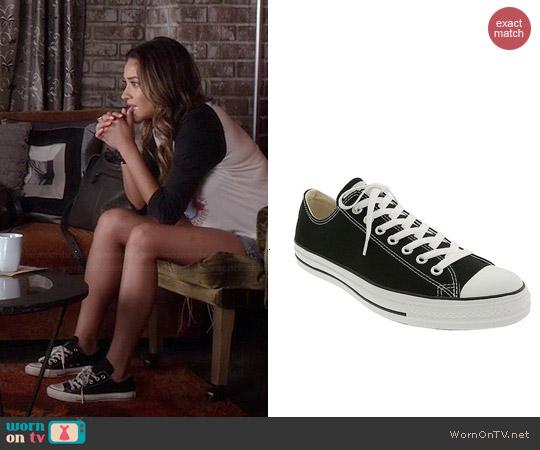Converse Chuck Taylor Low Sneaker worn by Emily Fields on PLL