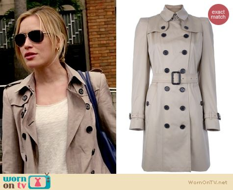 Covert Affairs Fashion: Burberry London trench coat worn by Piper Perabo