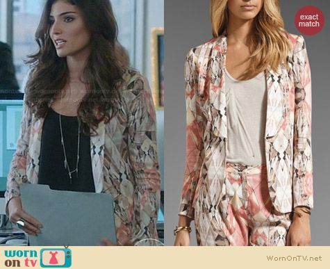 The Crazy Ones Fashion: Style Stalker Free Love Blazer worn by Amanda Setton