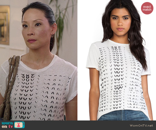 Current/Elliott The Rolled Sleeve Crew Tee in Sugar Chevron worn by Joan Watson on Elementary