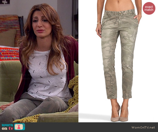 Current/Elliott The Buddy Trouser in Camo worn by Nasim Pedrad on Mulaney