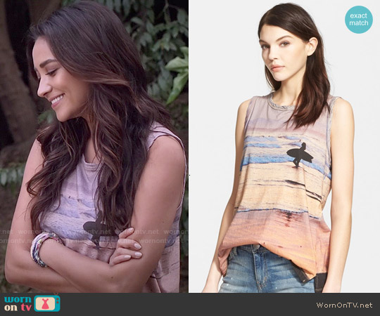 Current Elliott 'The Muscle Tee' Surf Print Tank worn by Shay Mitchell on PLL