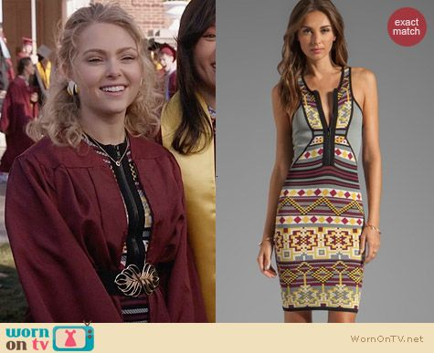 Cut 25 Yigal Azrouel Fair Isle Power Knit Dress worn by AnnaSophia Robb on The Carrie Diaries