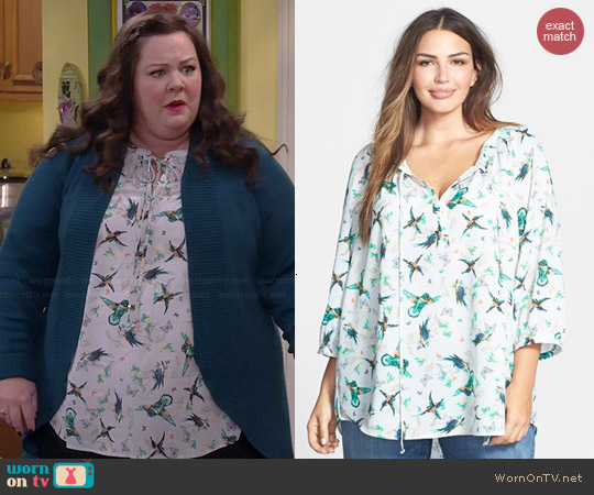 Daniel Rainn Bird Print Peasant Top worn by Melissa McCarthy on Mike & Molly