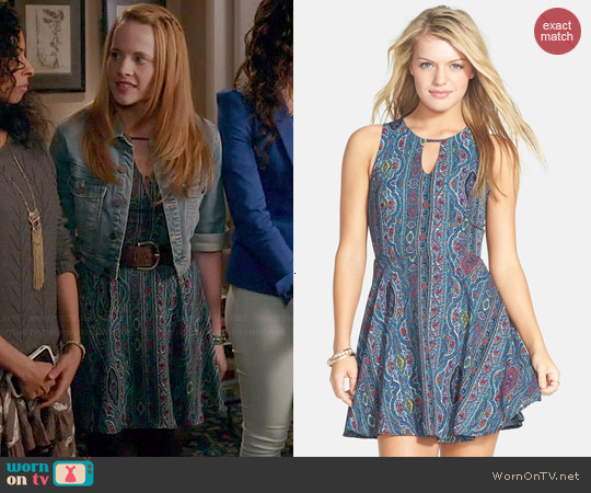 Dee Elle Print Keyhole Chiffon Dress worn by Katie Leclerc on Switched at Birth