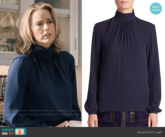 Derek Lam Silk Turtleneck Blouse worn by Téa Leoni on Madam Secretary