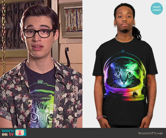 Design by Humans Astronaut Cat T-shirt worn by Joey Bragg on Liv & Maddie