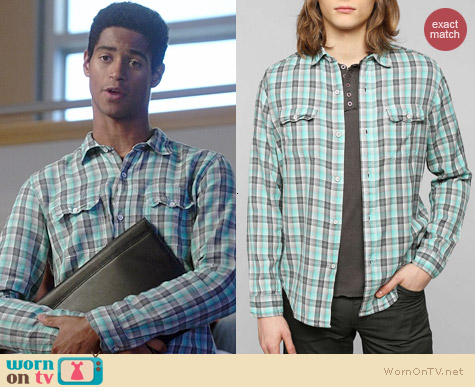 Devil's Harvest Lightweight Plaid Button-down Shirt in Turquoise worn by Alfred Enoch on HTGAWM