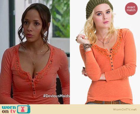 Devious Maids Fashion: Free People Legacy crochet henley in orange worn by Dania Ramirez