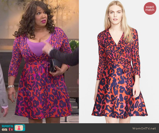 Diane von Furstenberg Amelia Dress in Vintage Leopard worn by Kym Whitley on Young & Hungry