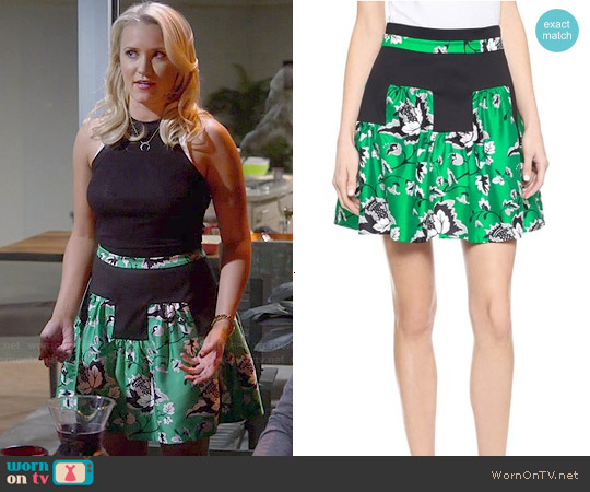 Diane von Furstenberg Claire Skirt worn by Emily Osment on Young & Hungry