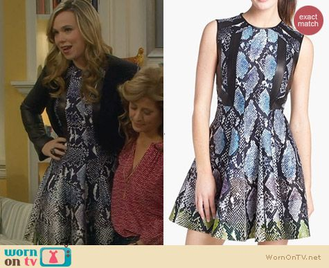 Diane Von Furstenberg Ida Dress worn by Amanda Fuller on Last Man Standing