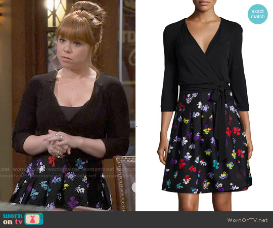 Diane von Furstenberg Jewel Dress in Daisy Buds worn by Amanda Fuller on Last Man Standing