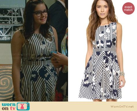 Diane von Furstenberg Kimana Dress worn by Ariel Winter on Modern Family