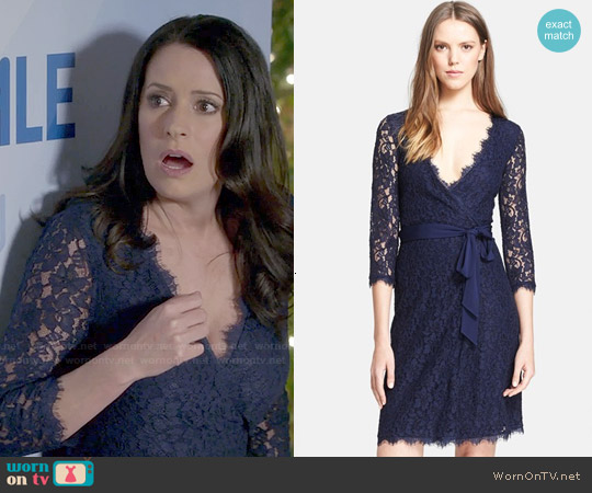 worn by Frankie Dart (Paget Brewster) on Community
