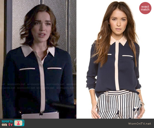 Diane von Furstenberg Trudy Blouse worn by Elizabeth Henstridge on Agents of SHIELD