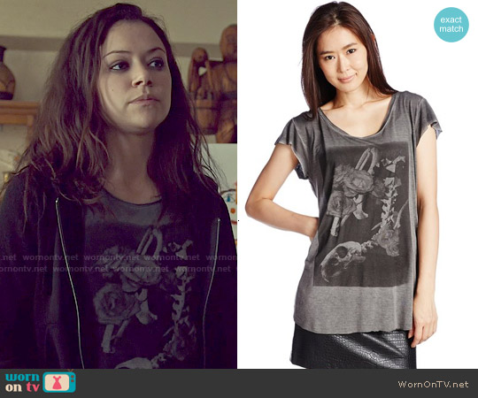 Diesel Graphic Tee worn by Tatiana Maslany on Orphan Black