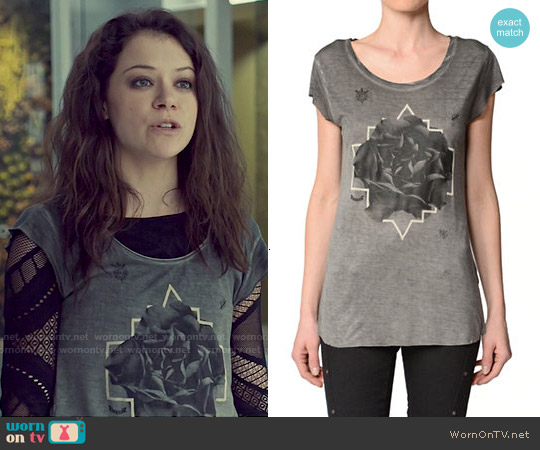 Diesel T Daph H Tee worn by Tatiana Maslany on Orphan Black