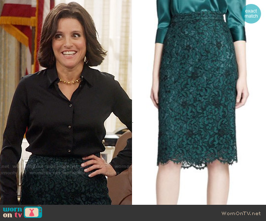 Dolce & Gabbana Lace Pencil Skirt worn by Julia Louis-Dreyfus on Veep