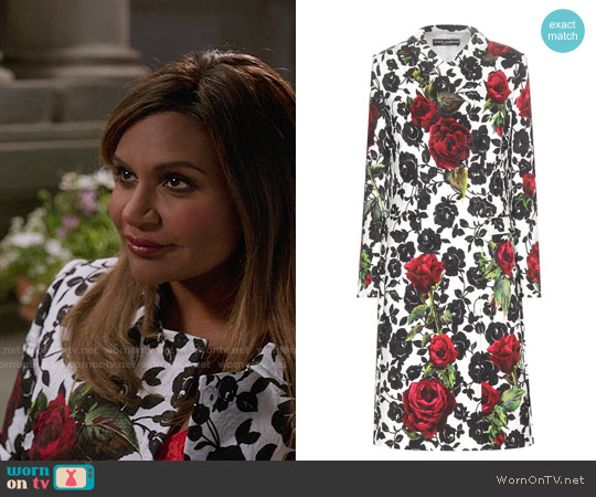 Dolce & Gabbana Floral Printed Jacquard Coat worn by Mindy Kaling on The Mindy Project