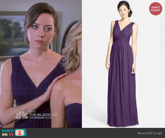 Donna Morgan Julie Twist Gown in Amethyst worn by Aubrey Plaza on Parks & Rec