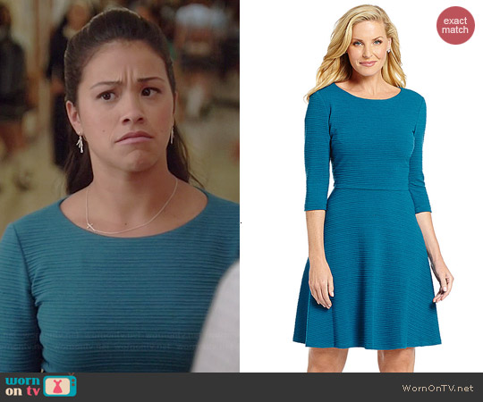 Donna Morgan Textured Fit and Flare Dress worn by Gina Rodriguez on Jane the Virgin