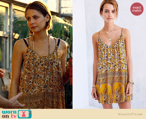Ecote Frances Mini Bubble Dress worn by Willa Holland on Arrow