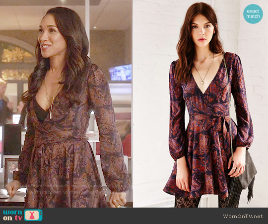 Ecote Ruby Mini Dress worn by Candice Patton on The Flash