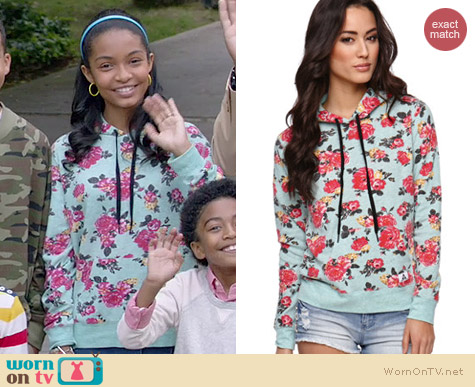 Element Heart to Heart Pullover worn by Yara Shahidi on Black-ish