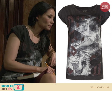 Elementary Fashion: All Saints Folds Crew Neck Tshirt worn by Lucy Liu