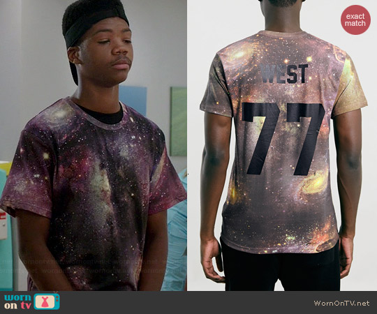 Eleven Paris x Les(Artist) Back Number Tee worn by Astro on Red Band Society