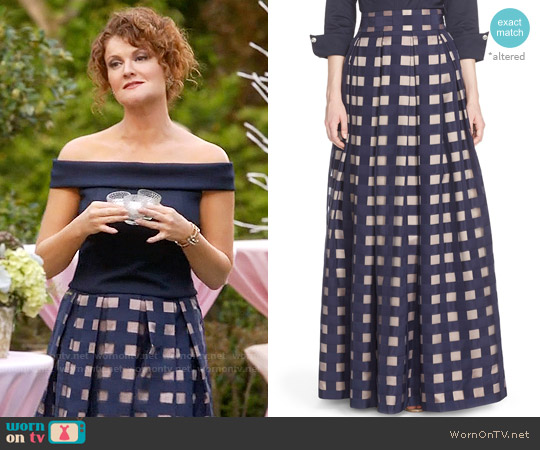 Eliza J Windowpane Satin Ball Skirt worn by Evelyn Powell on Devious Maids