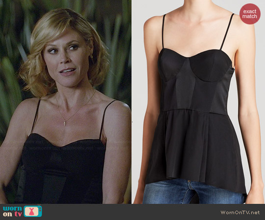 Elizabeth & James Morgan Silk Top worn by Julie Bowen on Modern Family