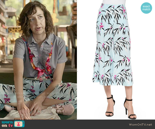 Elizabeth & James Trenton Floral Culottes worn by Carol Pilbasian on Last Man On Earth