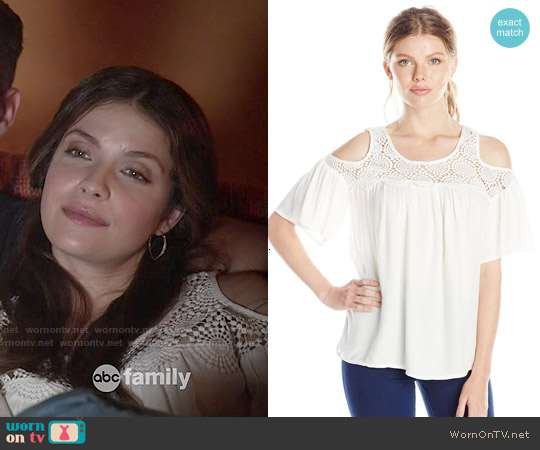 Ella Moss Noa Top worn by Paige Spara on Kevin from Work