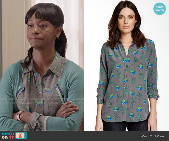 Equipment Brett Blouse in Gunmetal worn by Sue Wilson on Veep