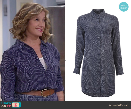 Equipment Brett Dress in Peacoat worn by Nancy Travis on Last Man Standing