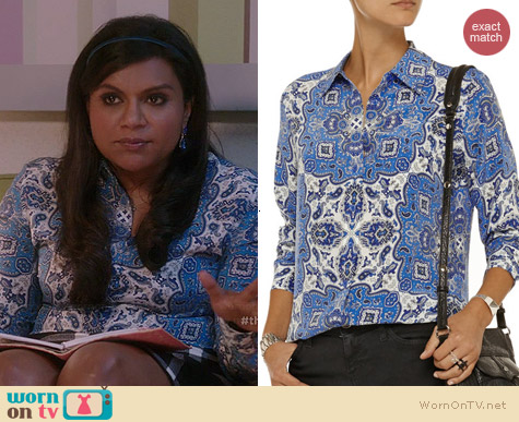 Equipment Brett Shirt in Blue Paisley worn by Mindy Kaling on The Mindy Project