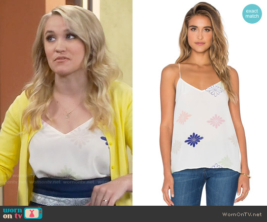 Equipment Layla Cami worn by Emily Osment on Young & Hungry
