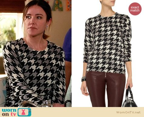 Equipment Shane sweater in Houndstooth worn by Christa Miller on Cougar Town