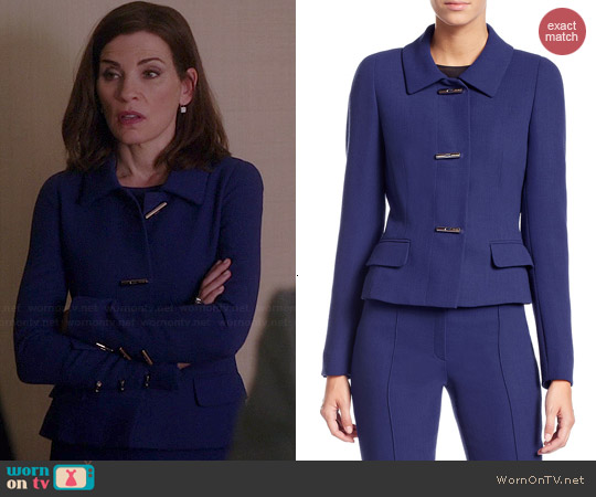 Wornontv Alicia S Blue Toggle Jacket On The Good Wife