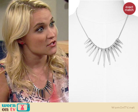 Express Graduated Stripe Necklace worn by Emily Osment on Young & Hungry