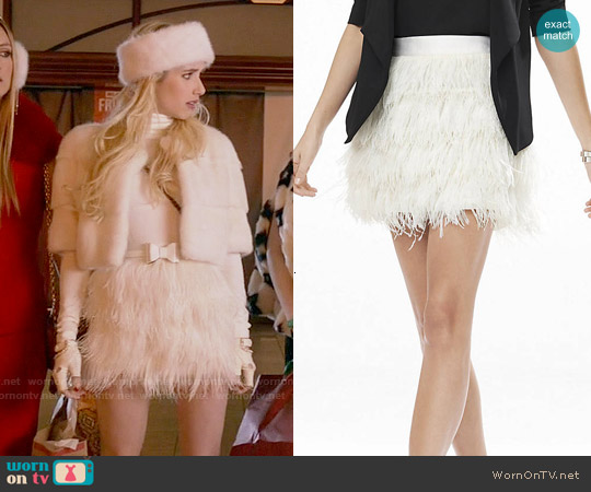 Express White Ostrich Feather Fringe Mini Skirt worn by Emma Roberts on Scream Queens