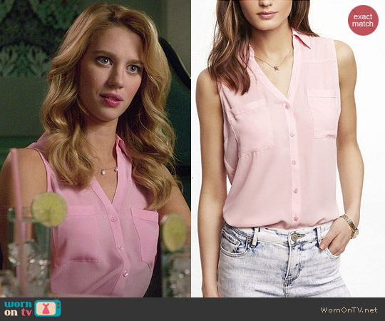 Express Sleeveless Portofino Shirt in Pink worn by Yael Grobglas on Jane the Virgin