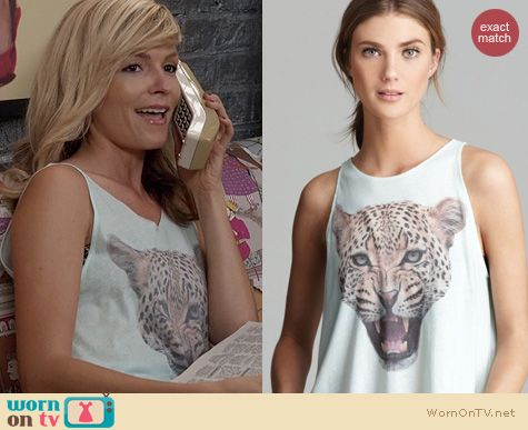 Fashion of The Carrie Diaries: Wildfox Leopard Tank worn by Lindsey Gort