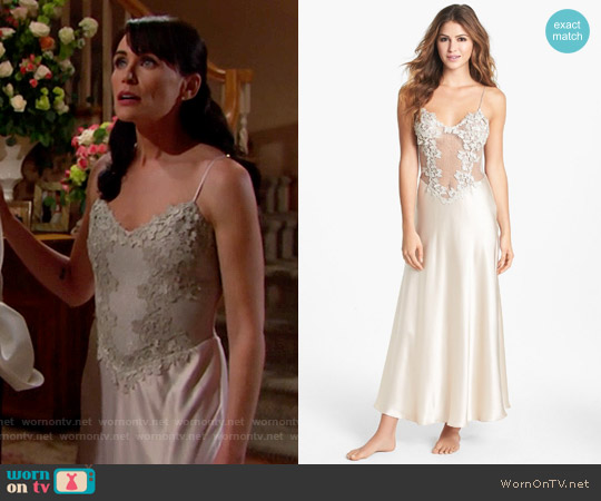 Flora Nikrooz Showstopper Nightgown worn by Rena Sofer on The Bold & the Beautiful